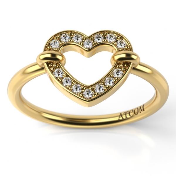 inel cu diamant in forma de inima